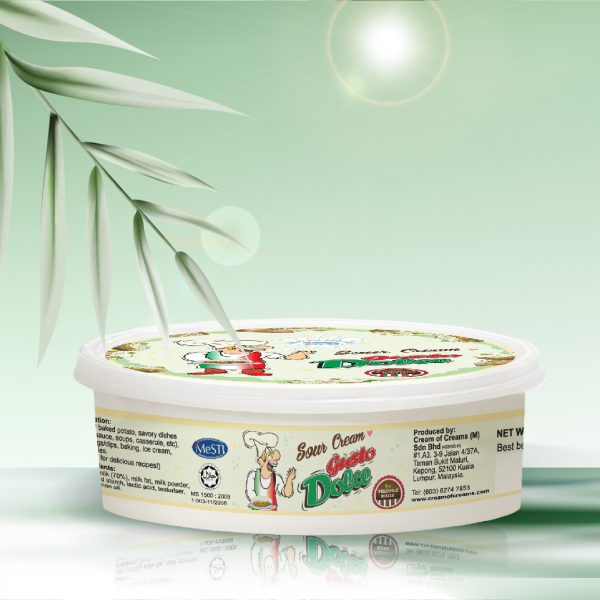 fresh sour cream-sour cream with fresh milk
