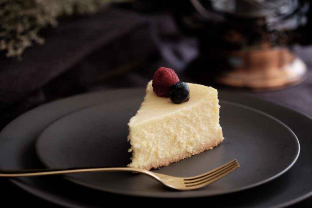 no bake light and creamy cheesecake